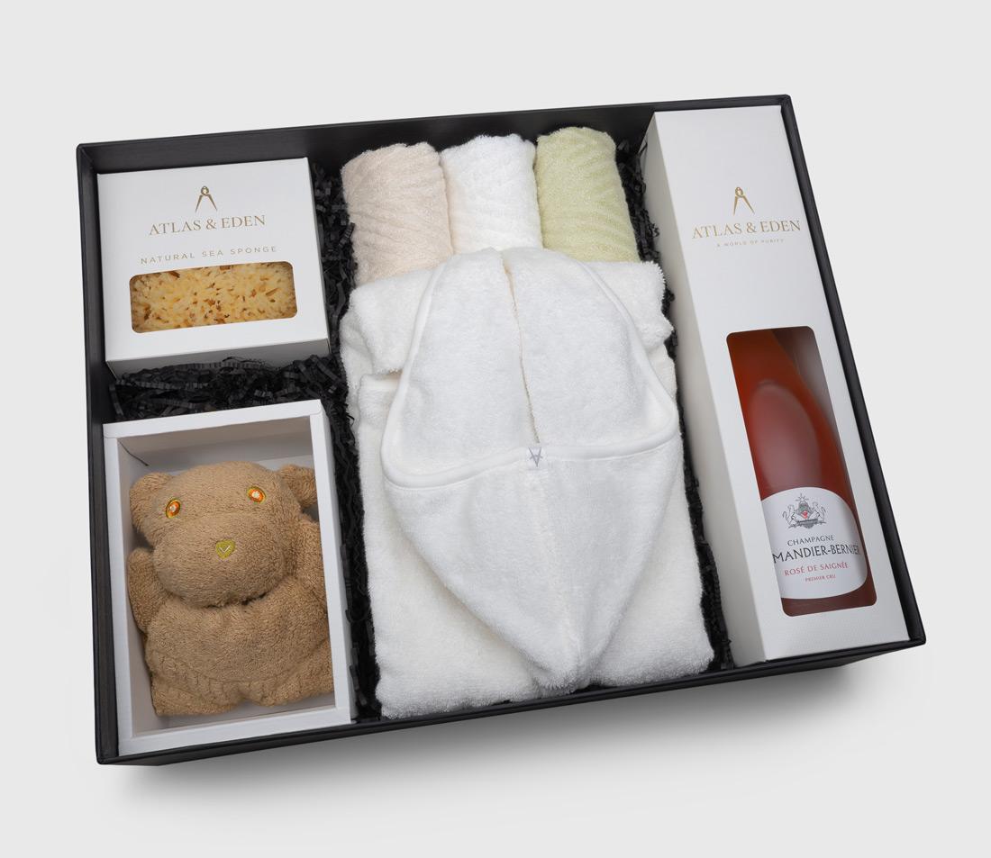 organic-baby-girl-boy-neutral-bath-gift-box-hamper-rose-champagne-inside