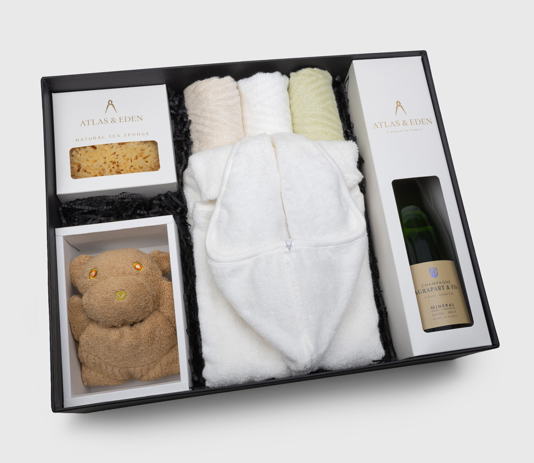 organic-baby-girl-boy-neutral-bath-gift-box-hamper-vintage-champagne-inside