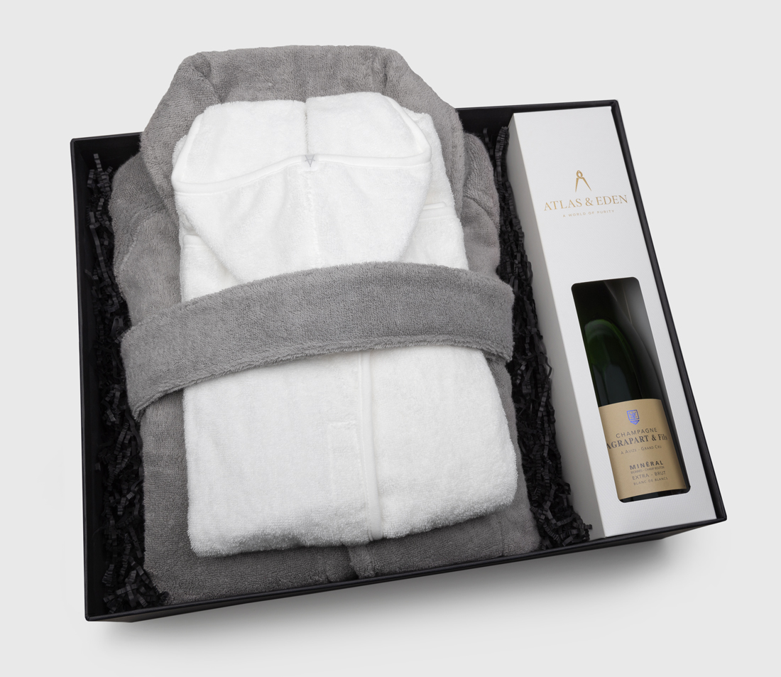 organic-mother-baby-girl-boy-neutral-bath-robe-gift-box-hamper-vintage-champagne-grey